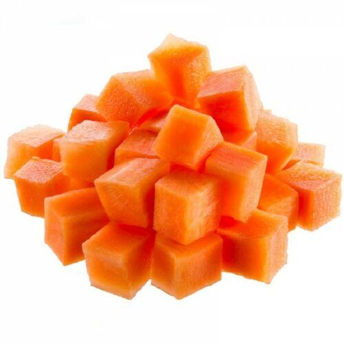 Tisztított  friss sárgarépa kocka vcs.2kg